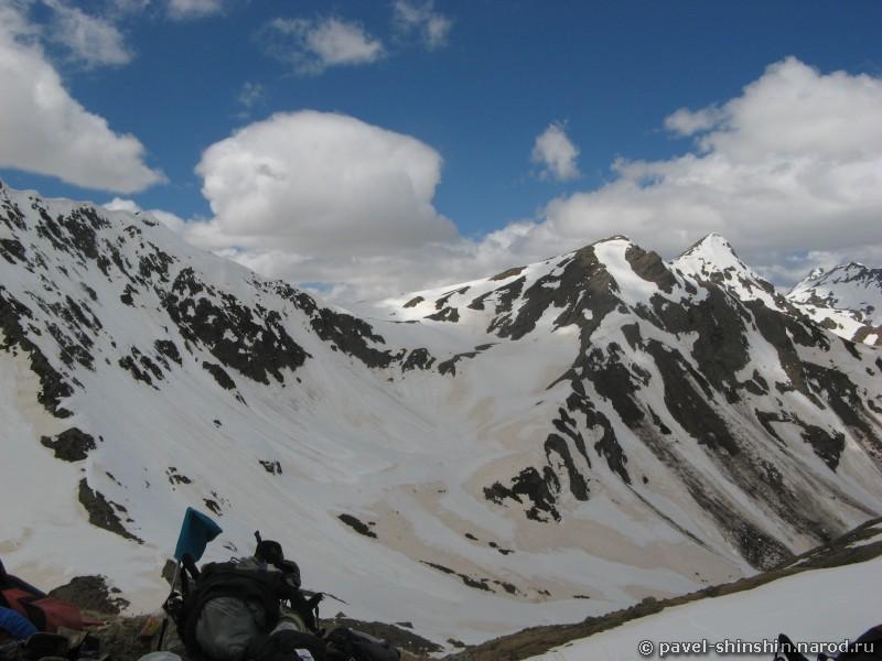 Спуск с перевала Аркасара